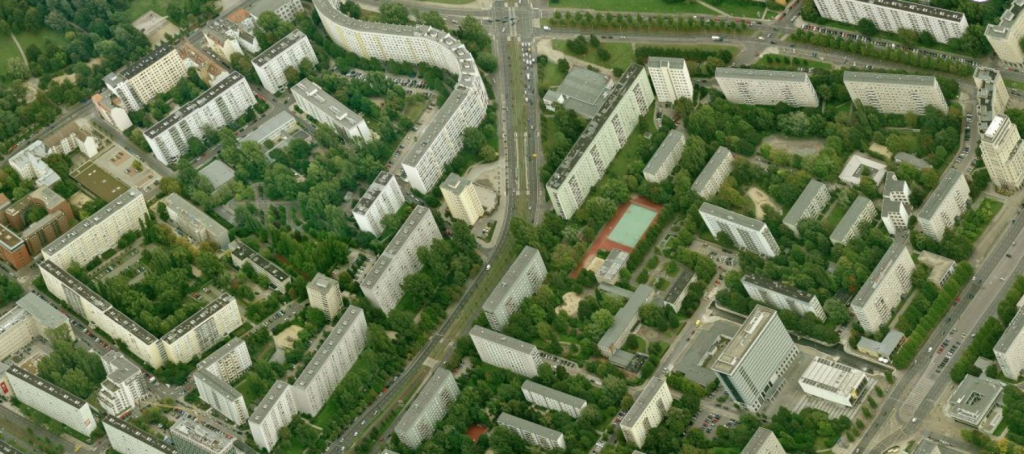 1970s social housing surrounded by green in the middle of Berlin.